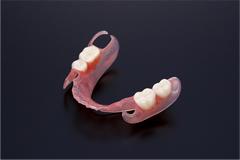 ノンクラスプ床義歯